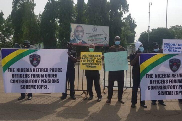 Protesting Police retirees